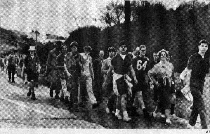 Larkspur, CA high school students trying the 50-mile hike in 1963 - Source: NY Times