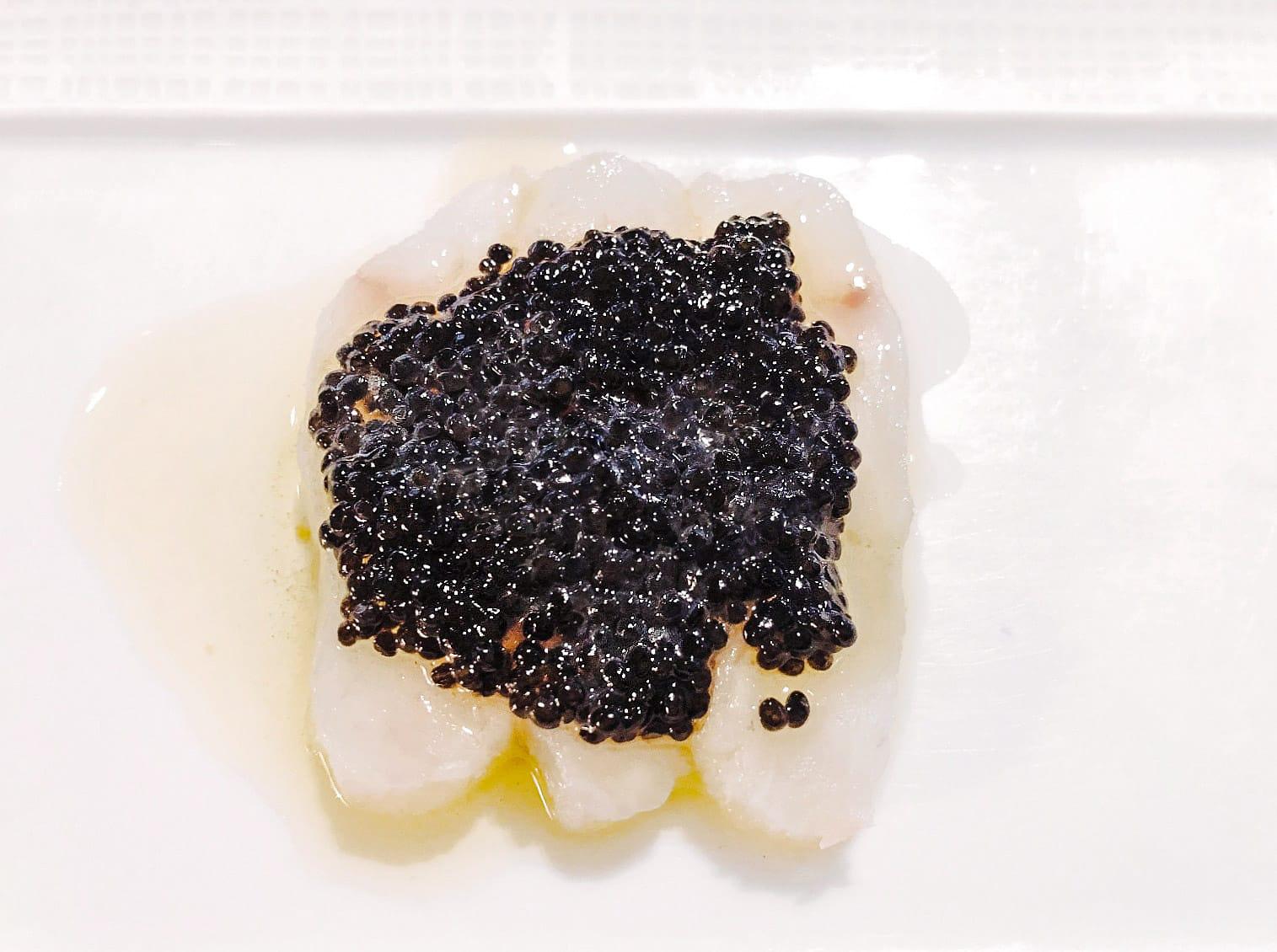 Crudo e Caviale - fluke crudo, american sturgeon caviar crème fraîche, meyer lemon
