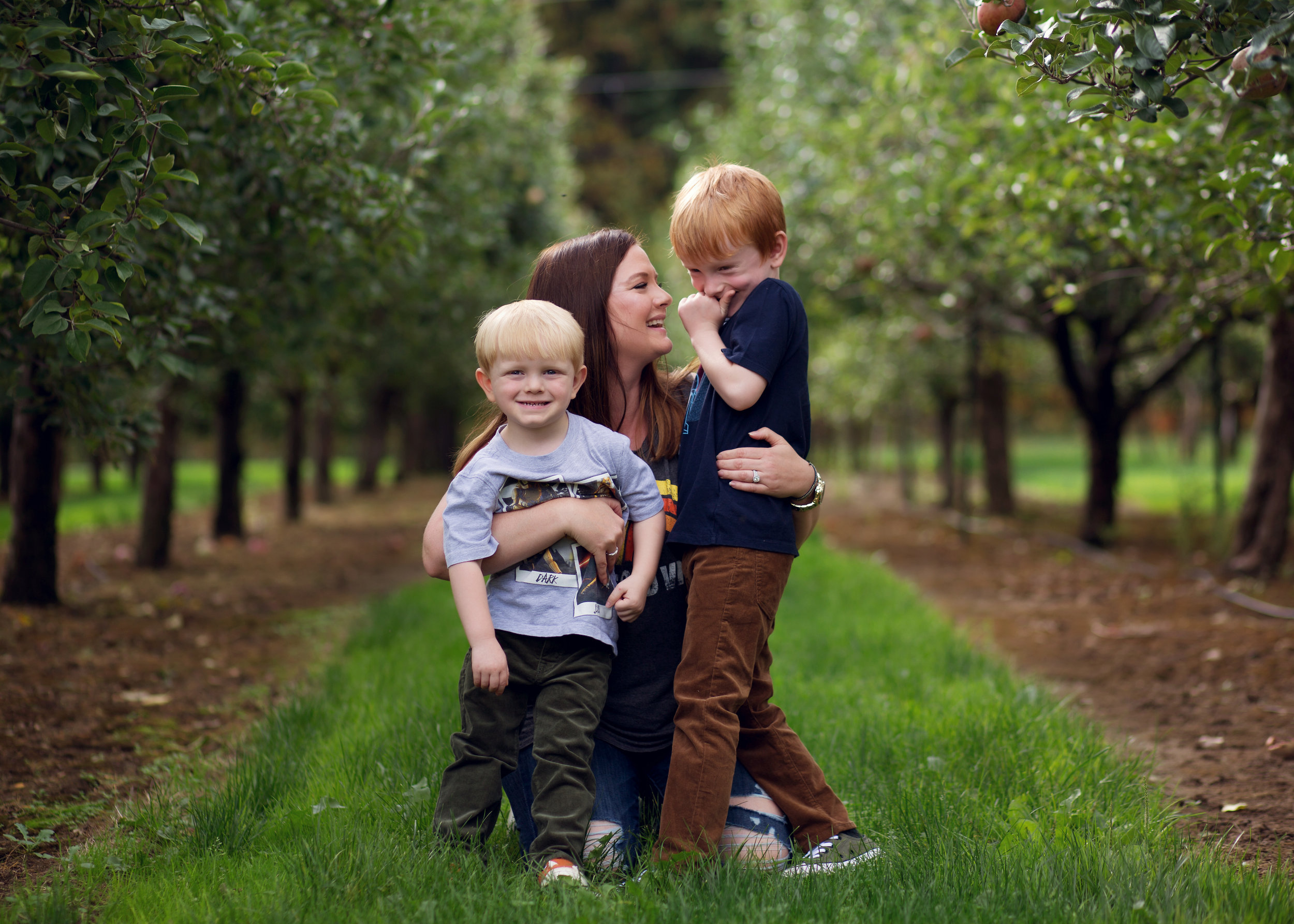 Mom and boys | Kelly Rhoades Photography