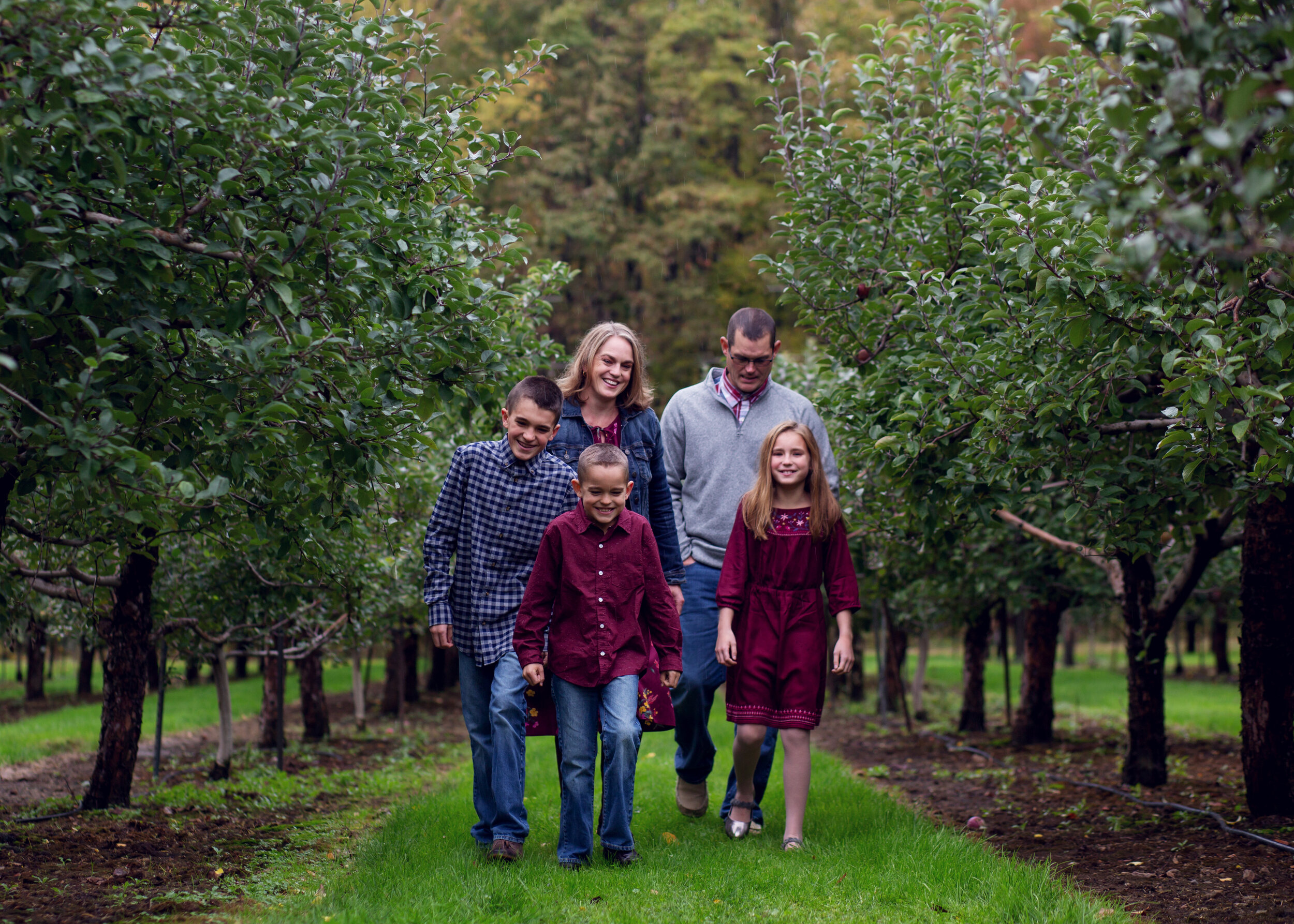 Apple Orchard Session | Kelly Rhoades Photography