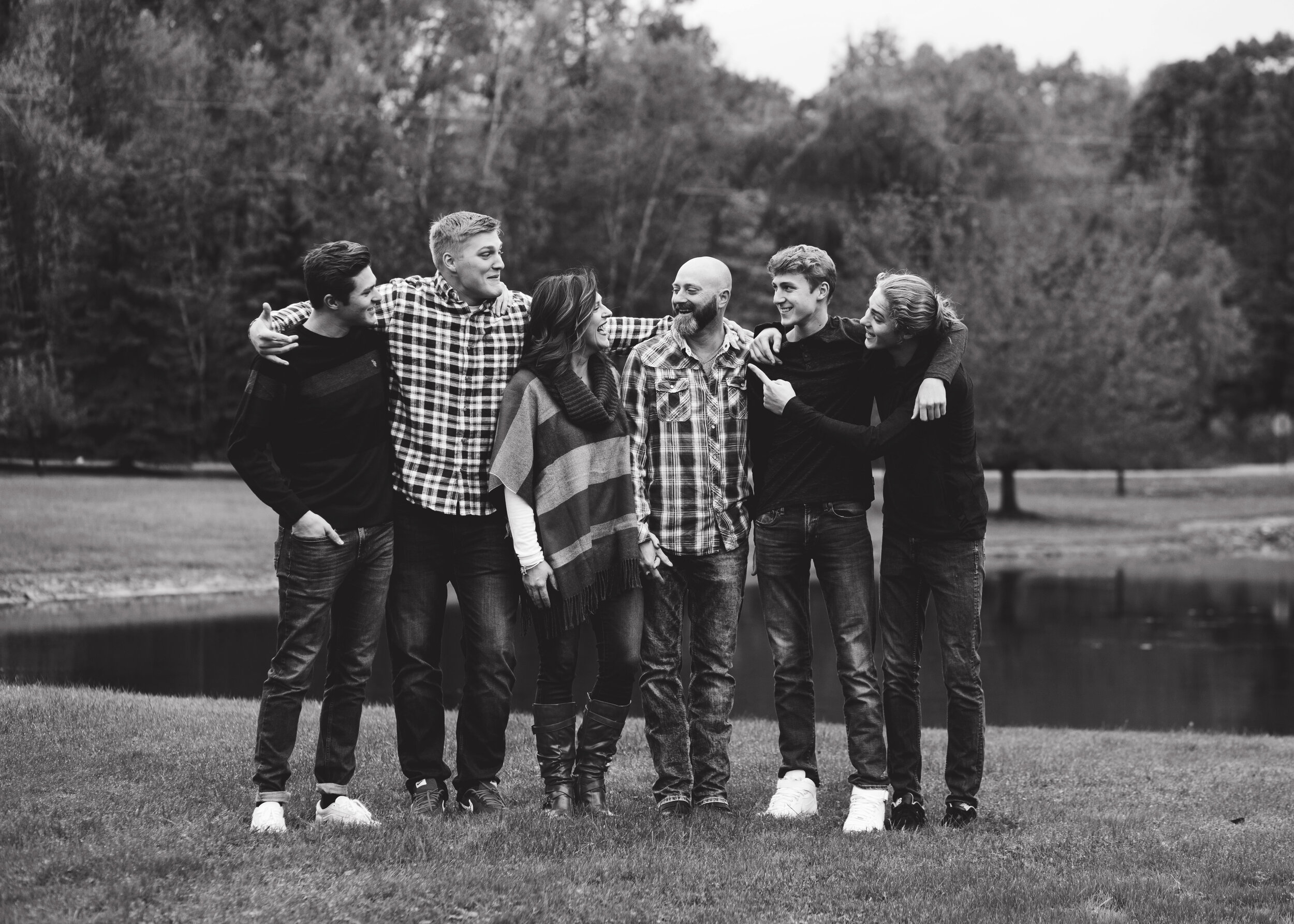B&W Family Shot | Kelly Rhoades Photography