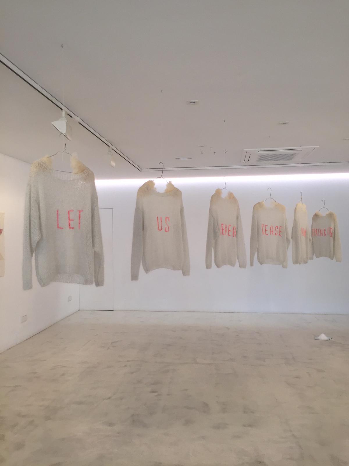 ishokujuu-tatiana-sarasa-clothing-02.jpg