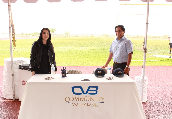 Representatives from Community Valley Bank provided information about career opportunities to students that may choose to consider careers in the financial sector. CVB has continued to support high school students in their regions and community involvement by participating at the H2H training events.