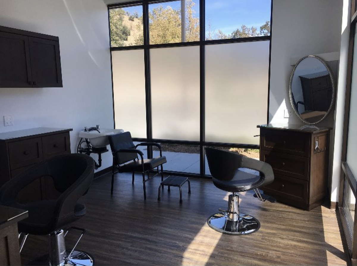 Double Salon Suites - Share the love! Opt for a spacious double room to share with another hair dresser because sometimes 2 is better than 1.