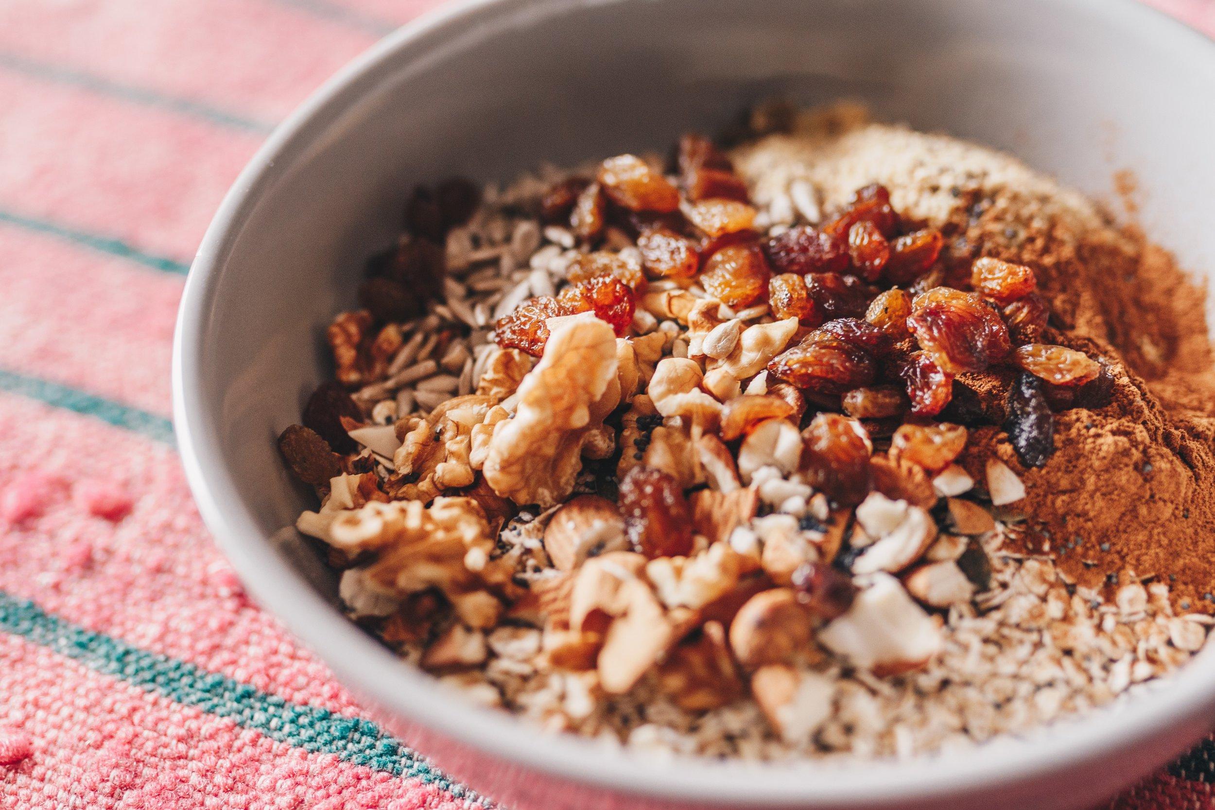 bowl-cinnamon-delicious-1080105.jpg