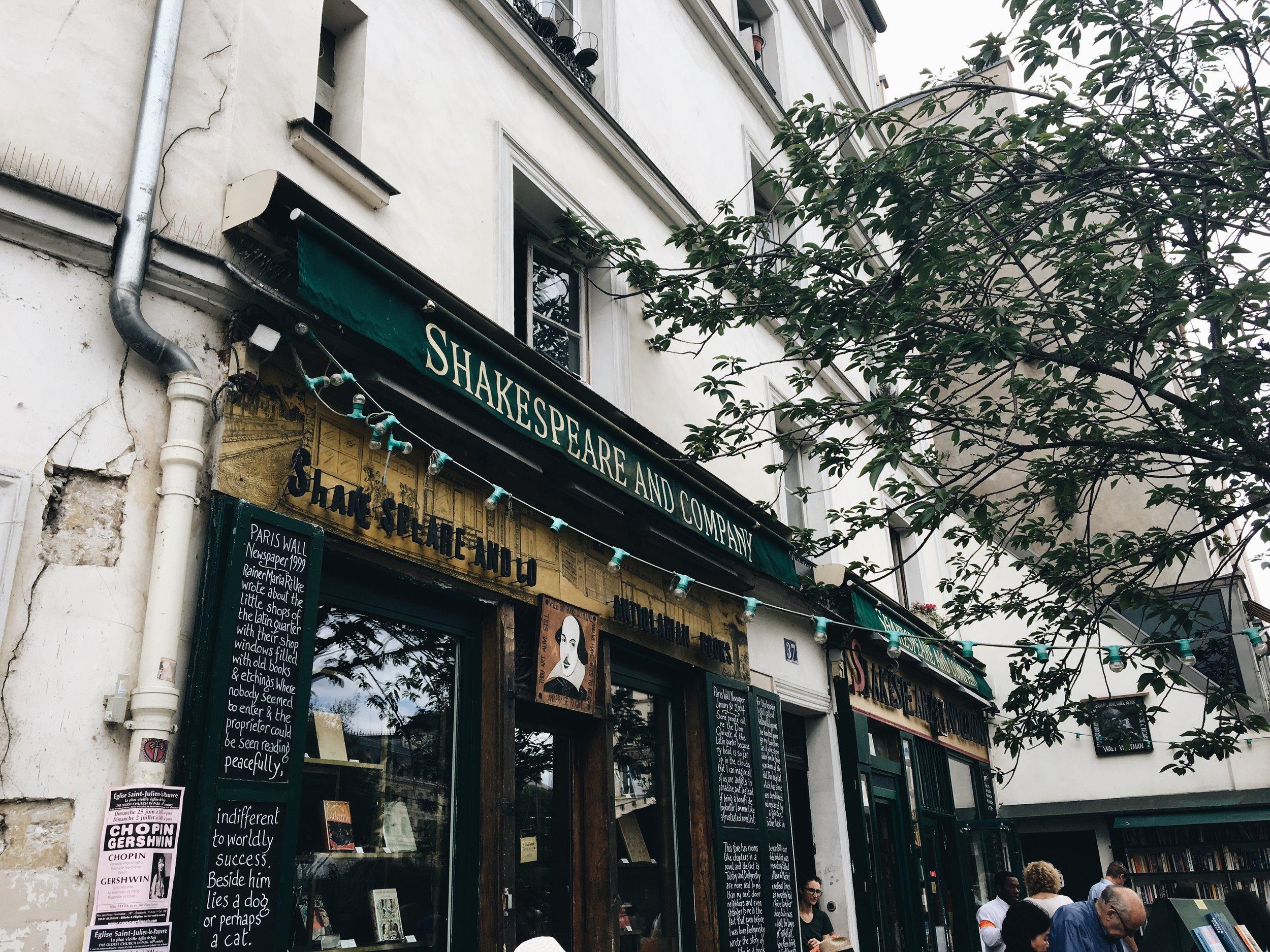 Bookstore Spotlight 1 - Shakespeare &Company