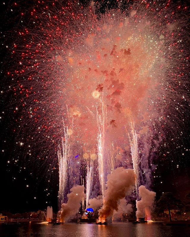 4th of July fireworks at Epcot were over the top! I don't think I've ever seen a bigger fireworks show. Happy 4th!. . . . . #fireworks #epcot #4thofjuly #american #kaboom #disneyworld