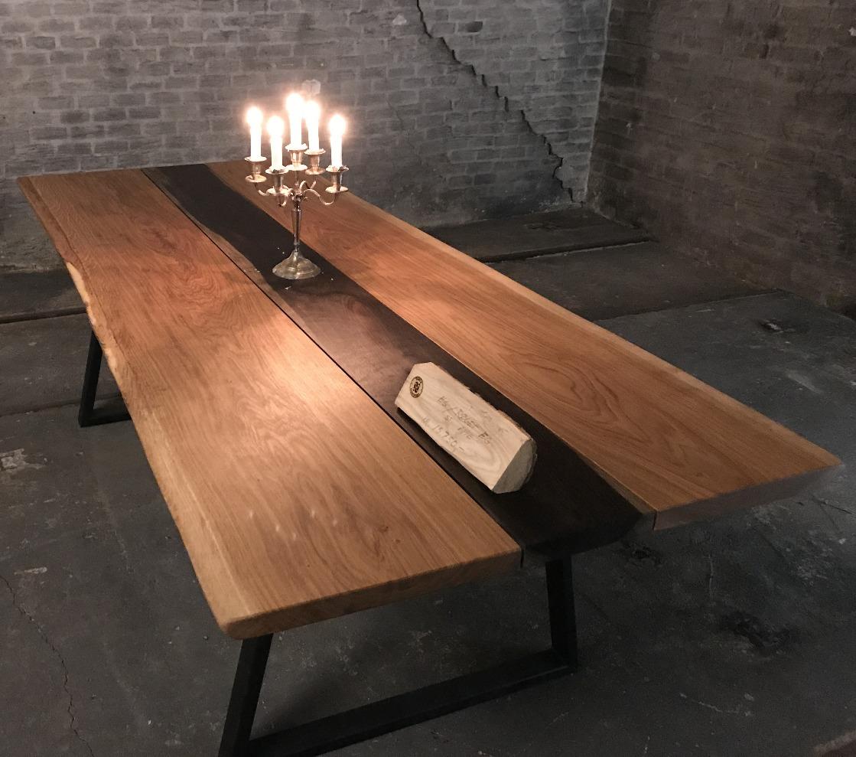 Table-inset-min.jpg