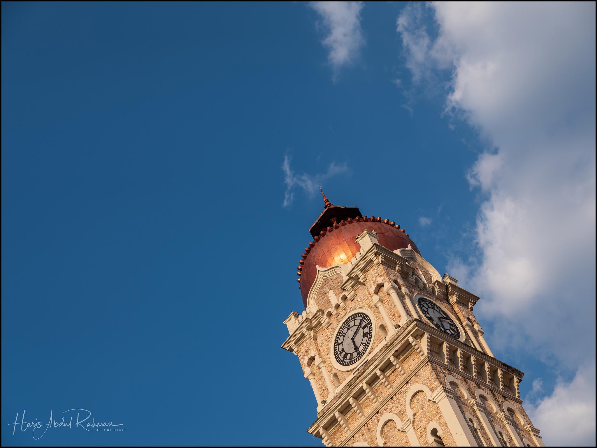 The famous clock tower at Bangunan Sultan Abdul Samad