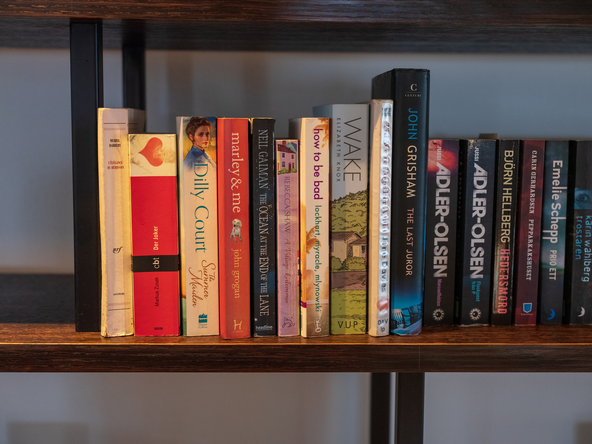 Some books to read at the cafe