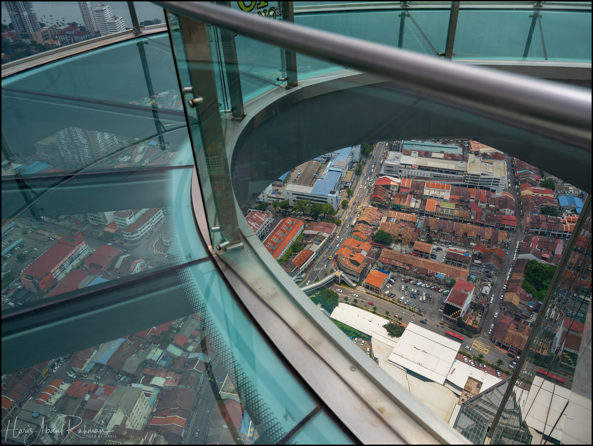 Jetting out into a glass platform