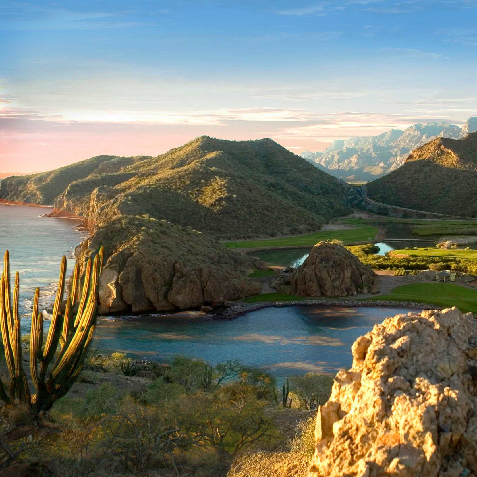 Loreto-Pueblo-Magico-Baja-California-Sur.jpg
