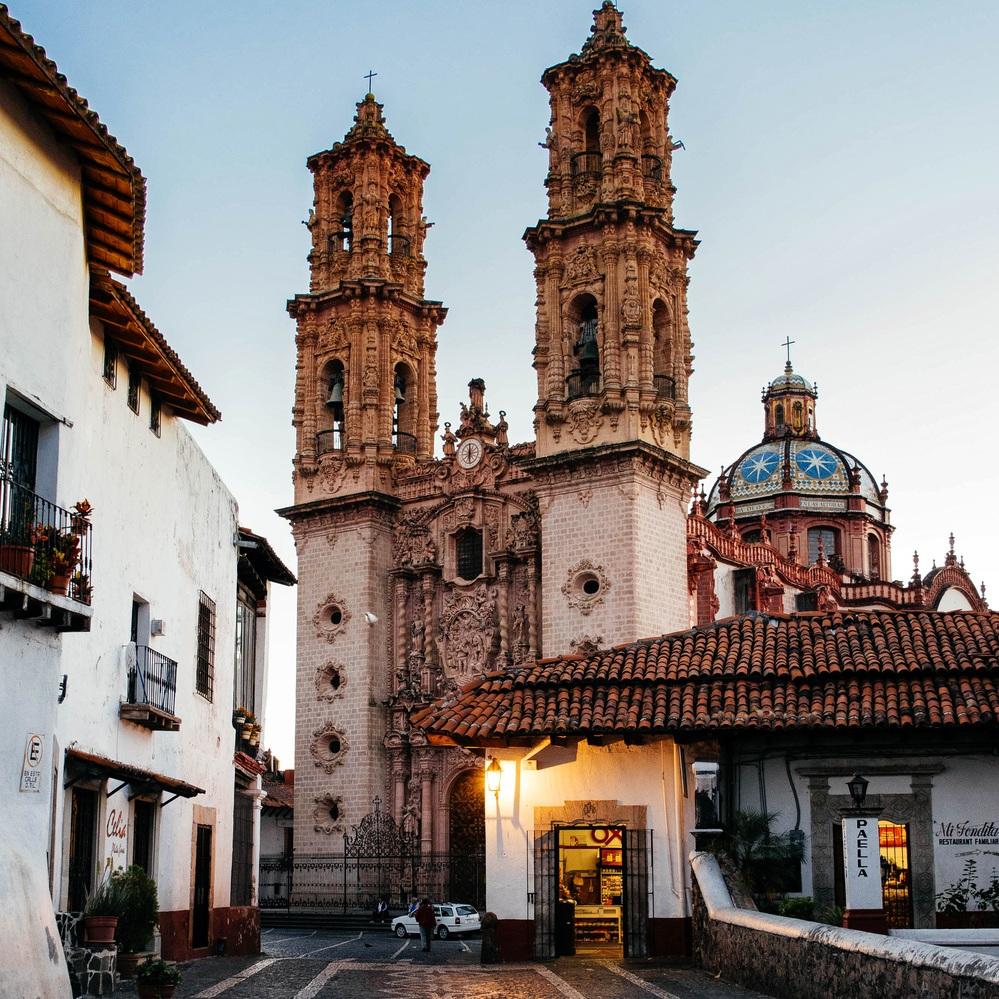 Taxco-Pueblo-Magico-Guerrero.jpg