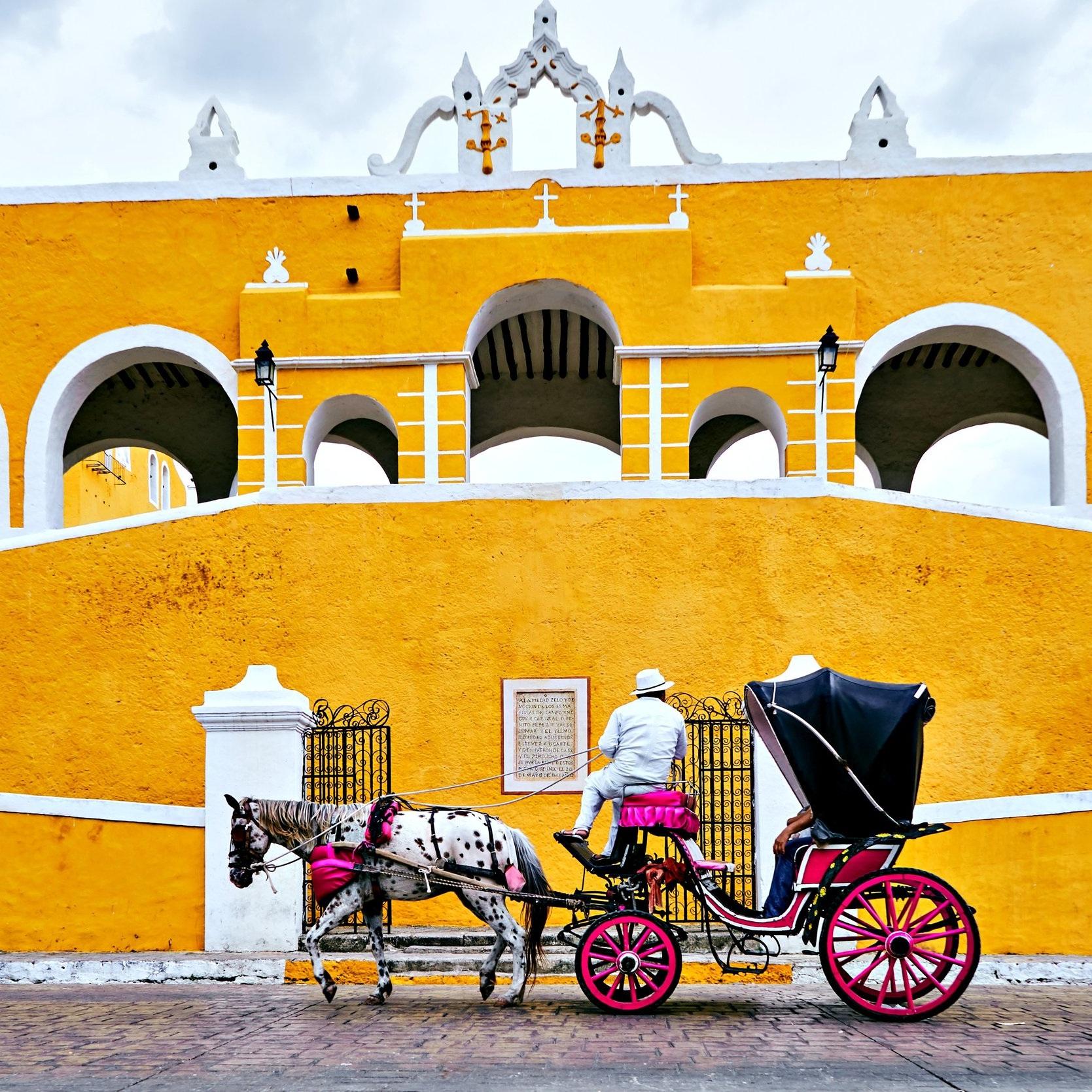 Izamal-Pueblo-Magico-Yucatan.jpg