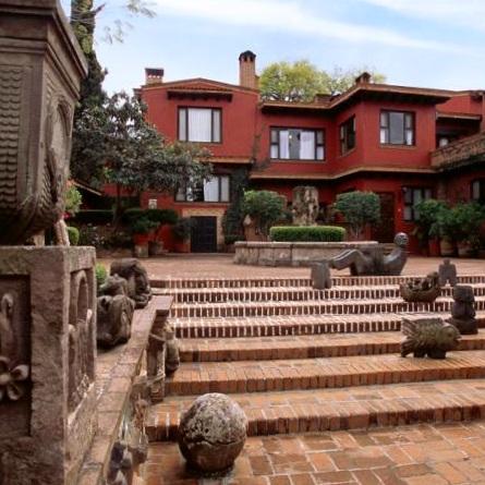 Villa-Montan%CC%83a-Morelia.jpg