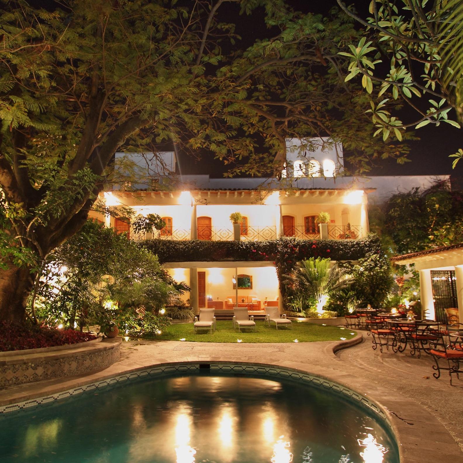 Hotel-La-Casa-Azul-Cuernavaca.jpg
