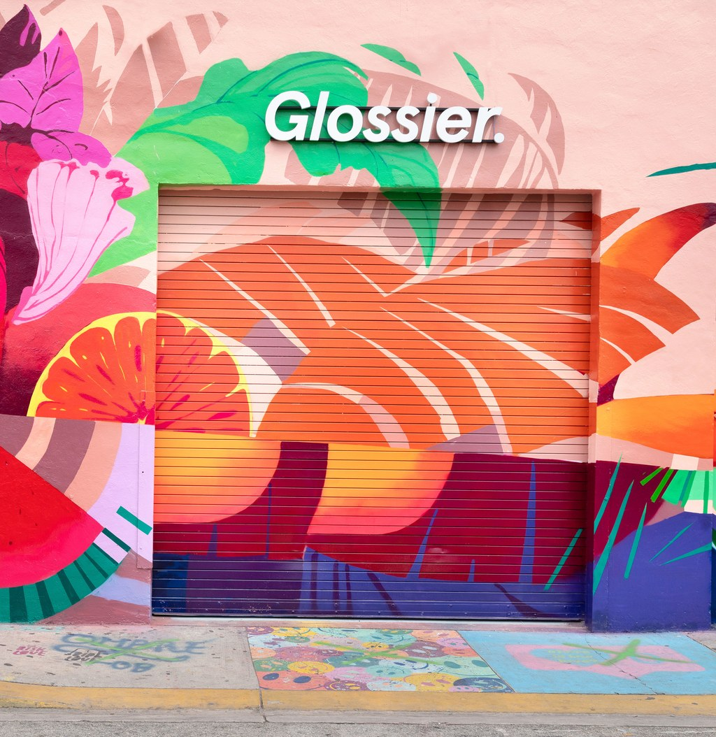 Glossier_Miami-2019_05.jpg