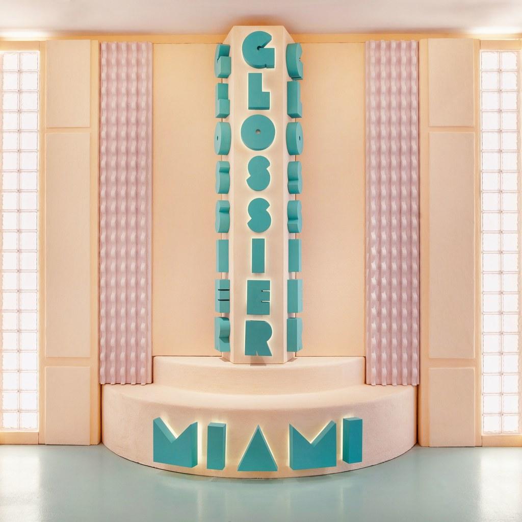 Glossier_Miami-2019_07.jpg