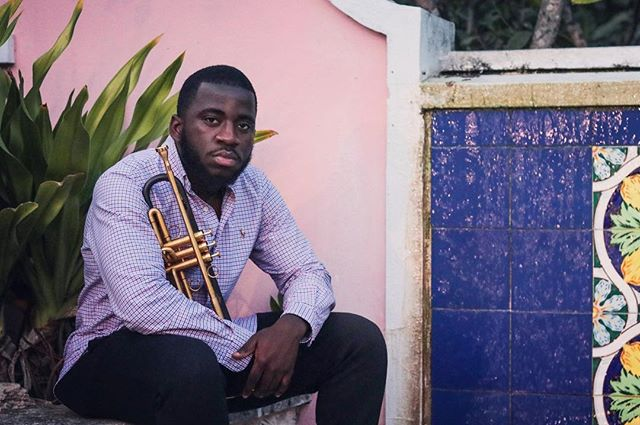 This picture is captured at the place where I first heard jazz music live in the Bahamas (Jacaranda House) and where I met my mentor Adrian D'aguilar.  I am grateful to have had such great mentors and role models in my life. Starting from Adrian Daguilar to Roy Hargrove. To all who have contributed to my growth personally and musically.  Thank You 🙏🏾. . . 📸:@thelonesomephotographer  #mentors #jazz #roots #begginings