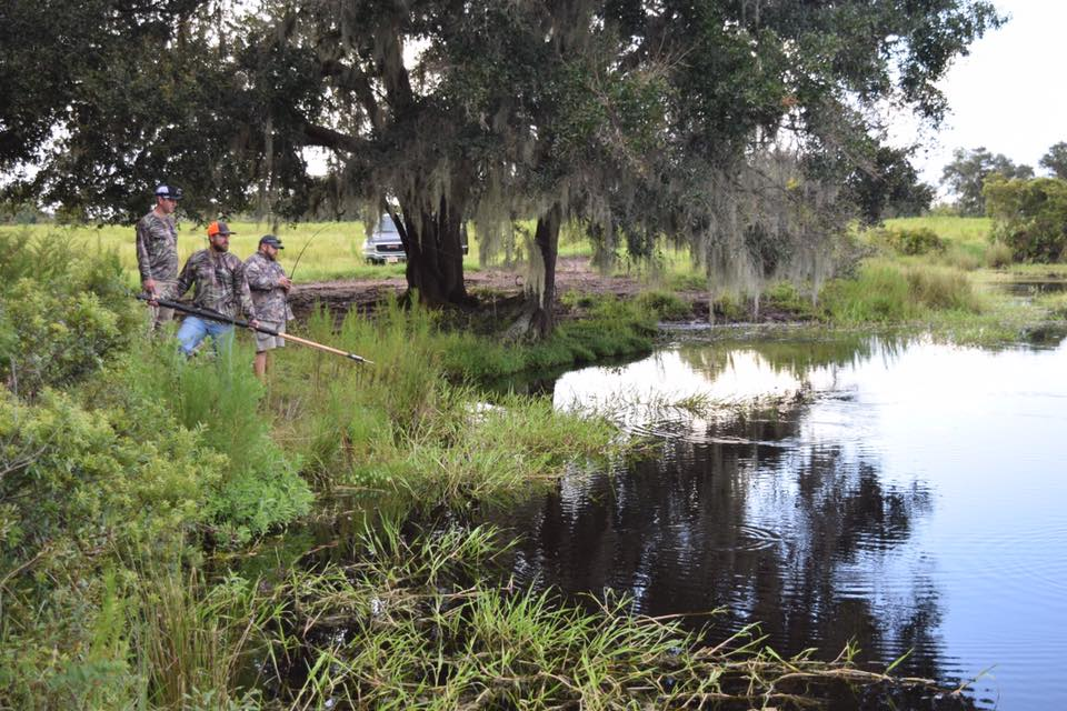 Gator hunting with the Maggard Family