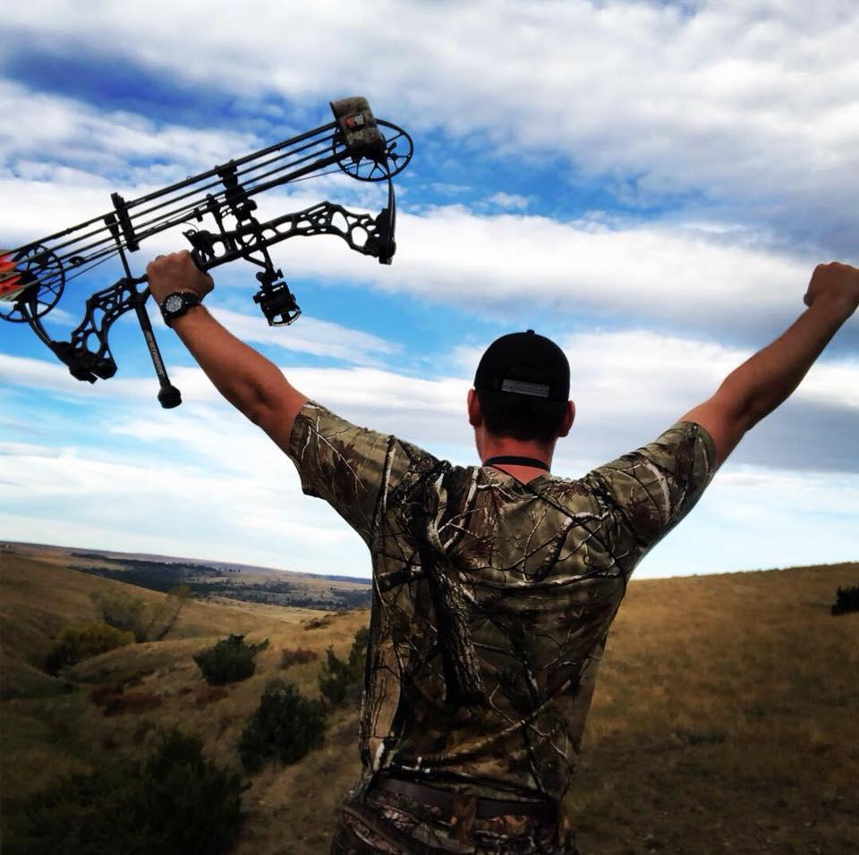 Pro Staffer Sam Thrash's reaction upon recovering his Montana antelope bow kill!
