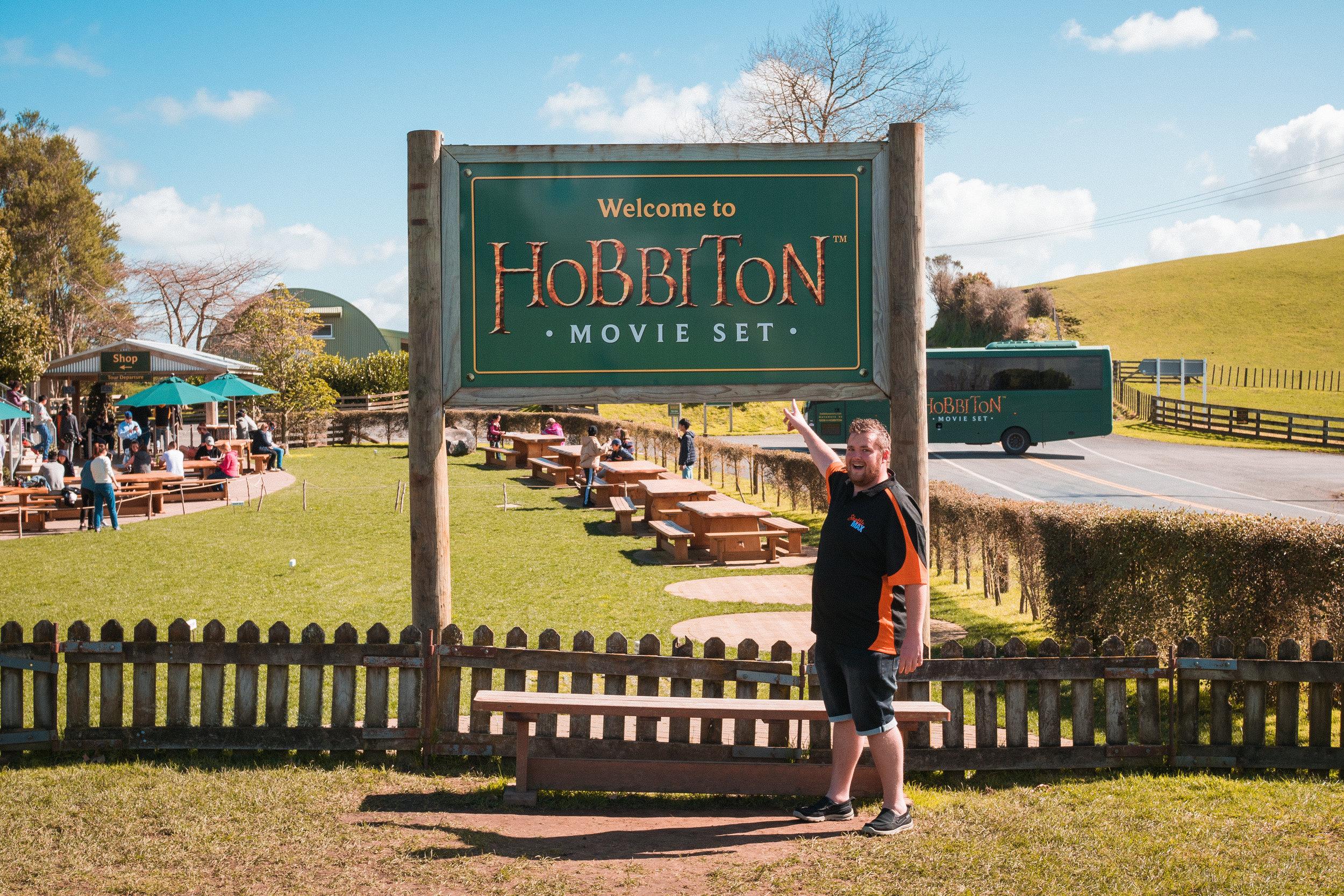 ShuttleMax-Hobbiton-Movie-Set.jpg