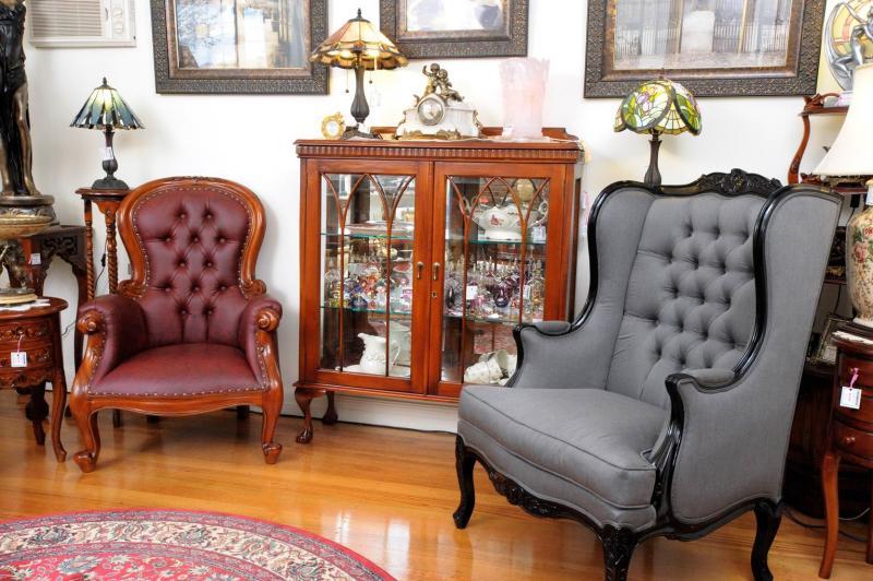 Chairs-LCHR009
