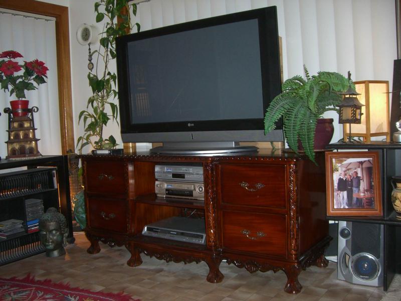 TV018