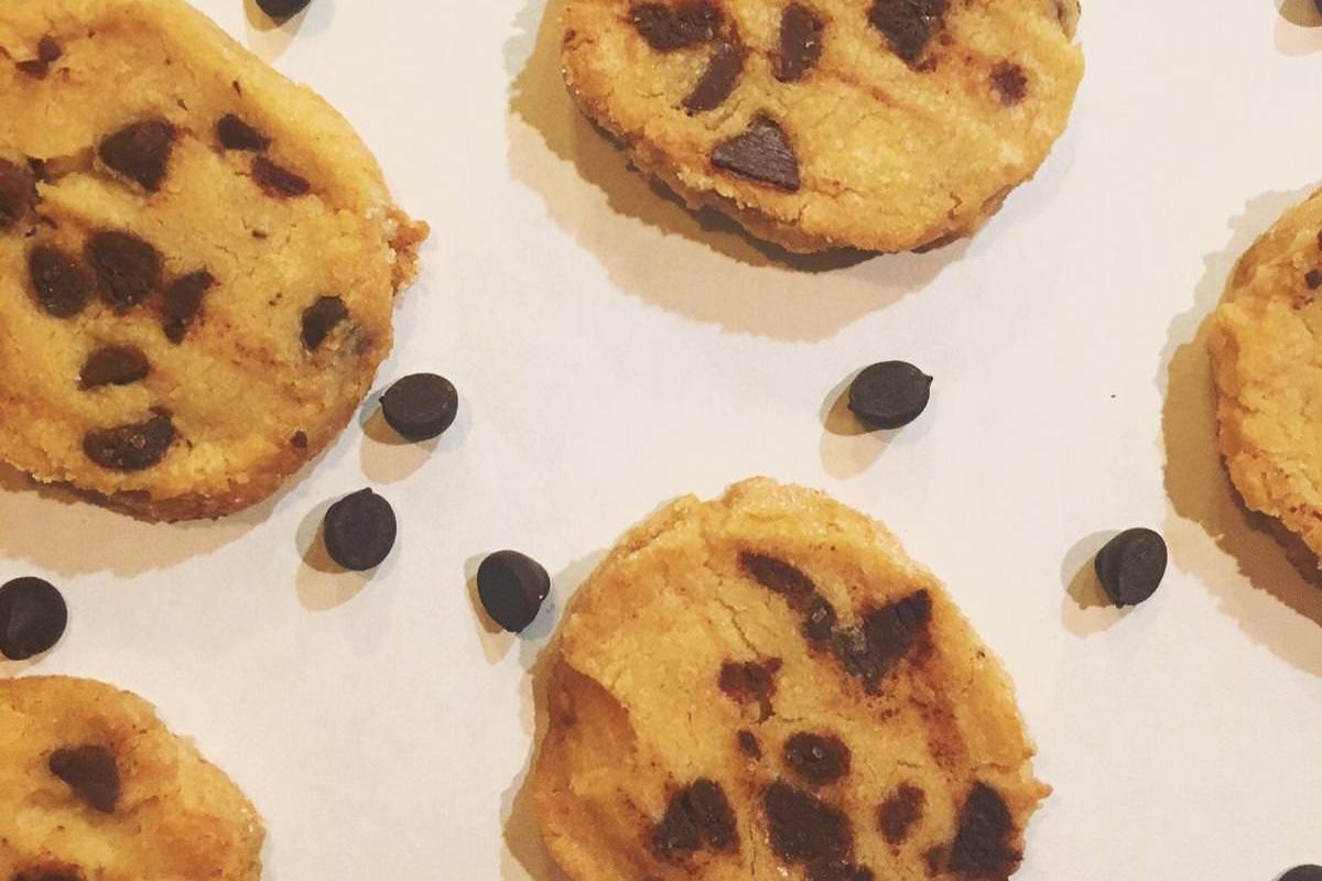 Week 42: Salted Chocolate Chip Shortbread Cookies -