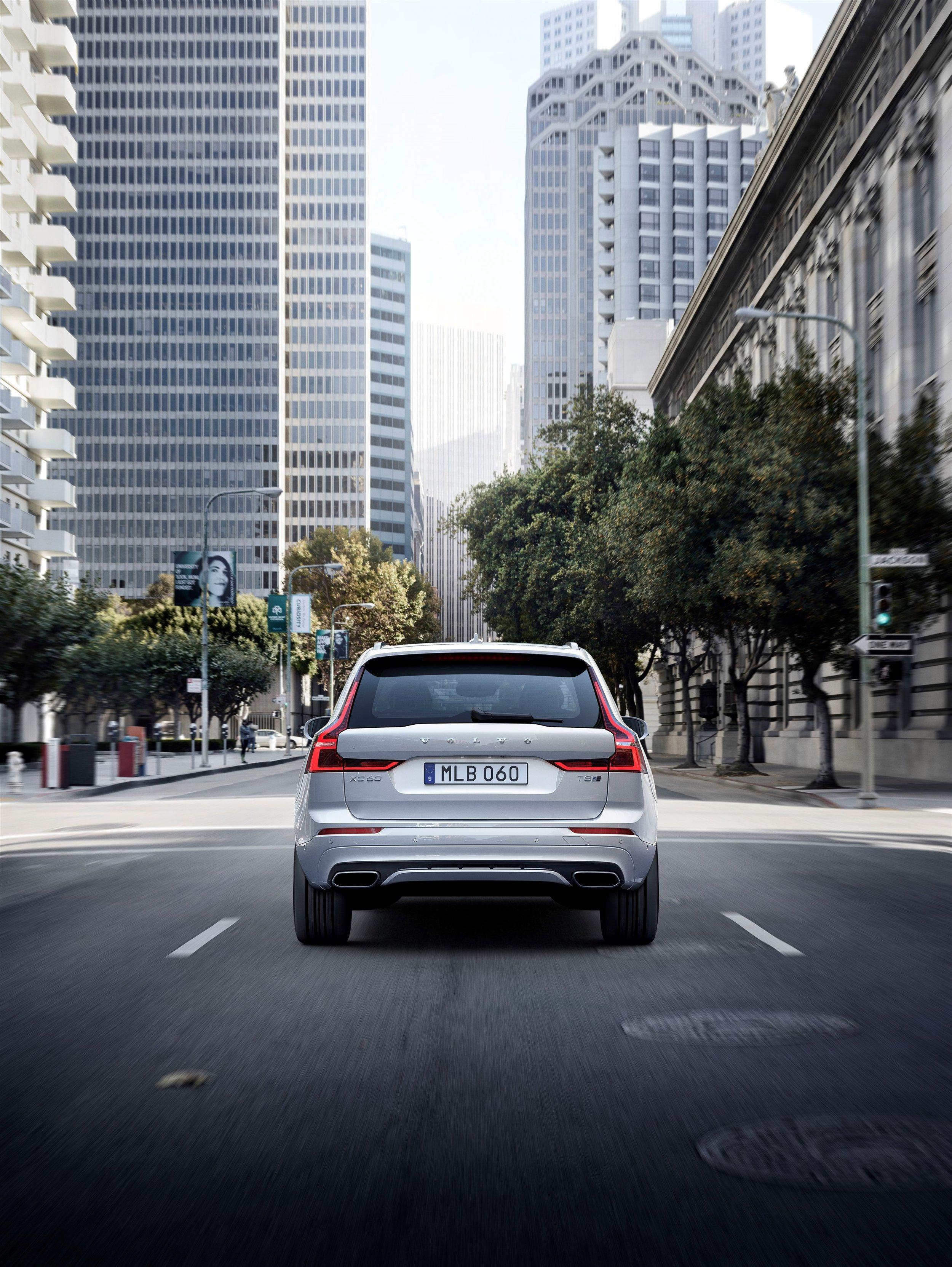 205073_Volvo_XC60.jpg