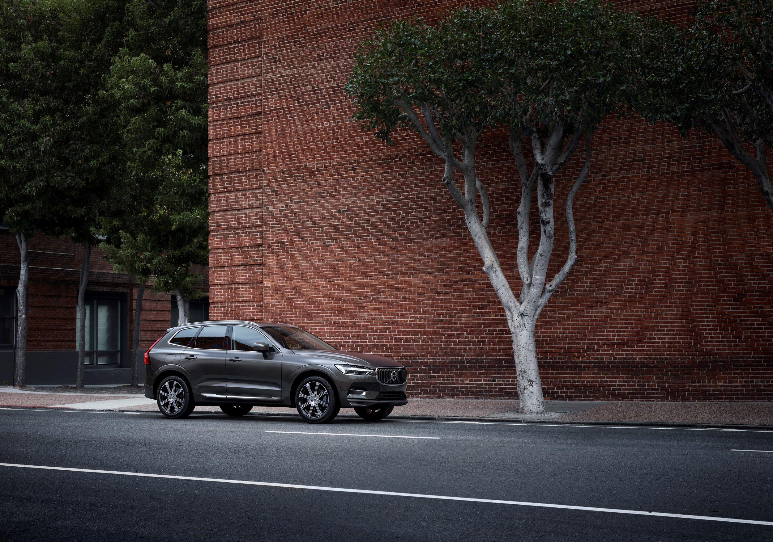 208060_Volvo_XC60.jpg