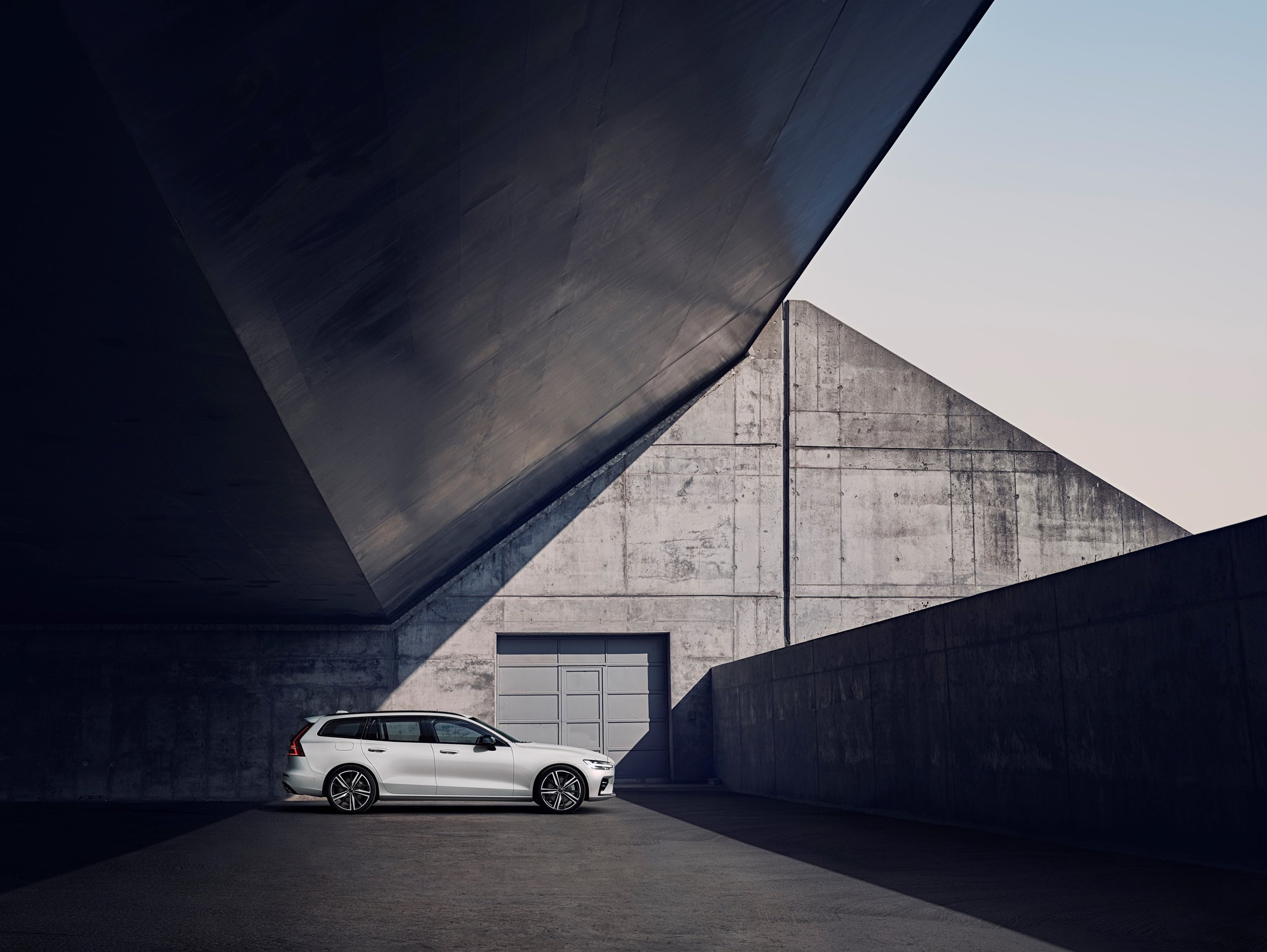 231022_Volvo_V60_R-Design.jpg