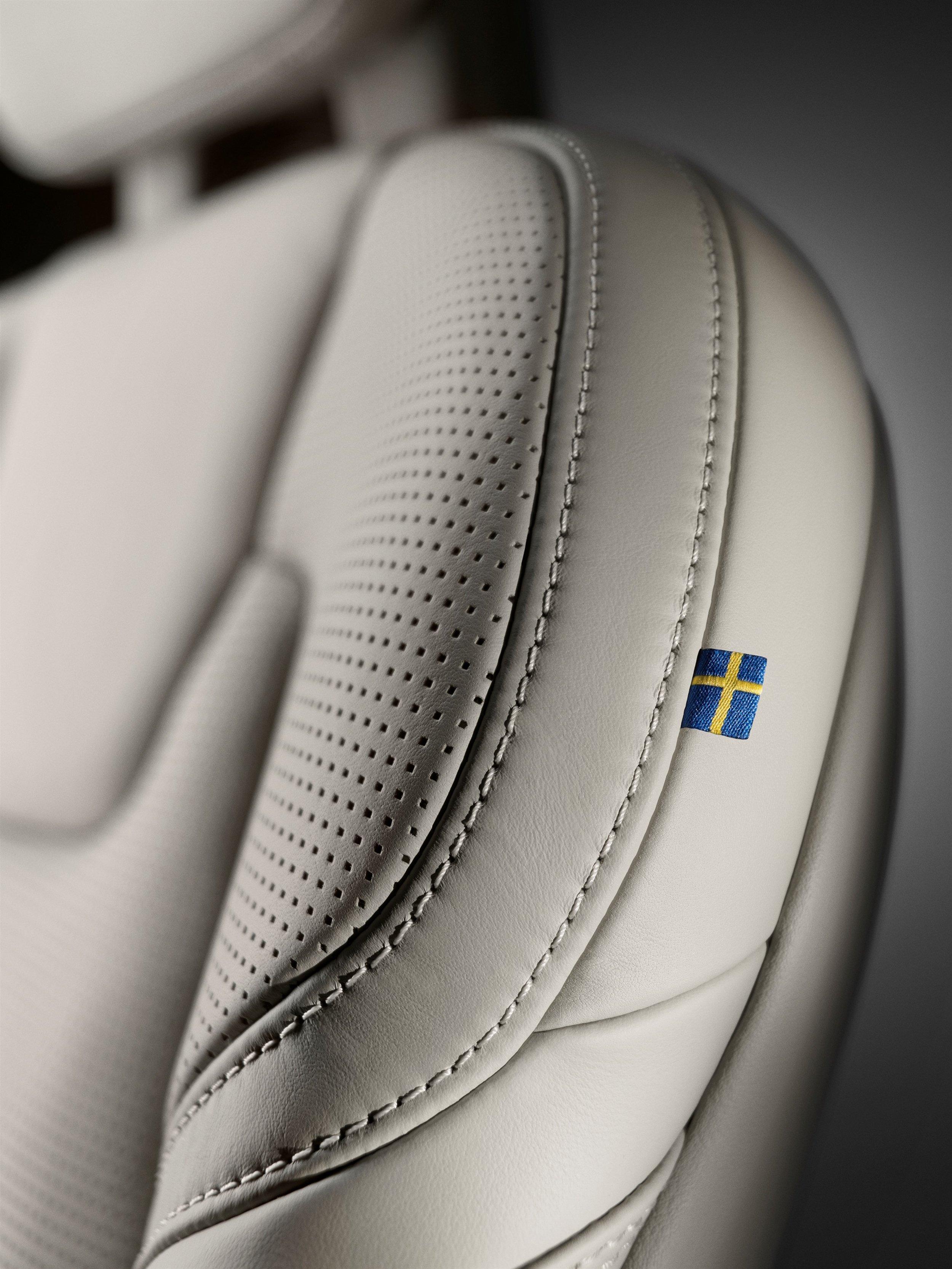 170089_Volvo_S90.jpg