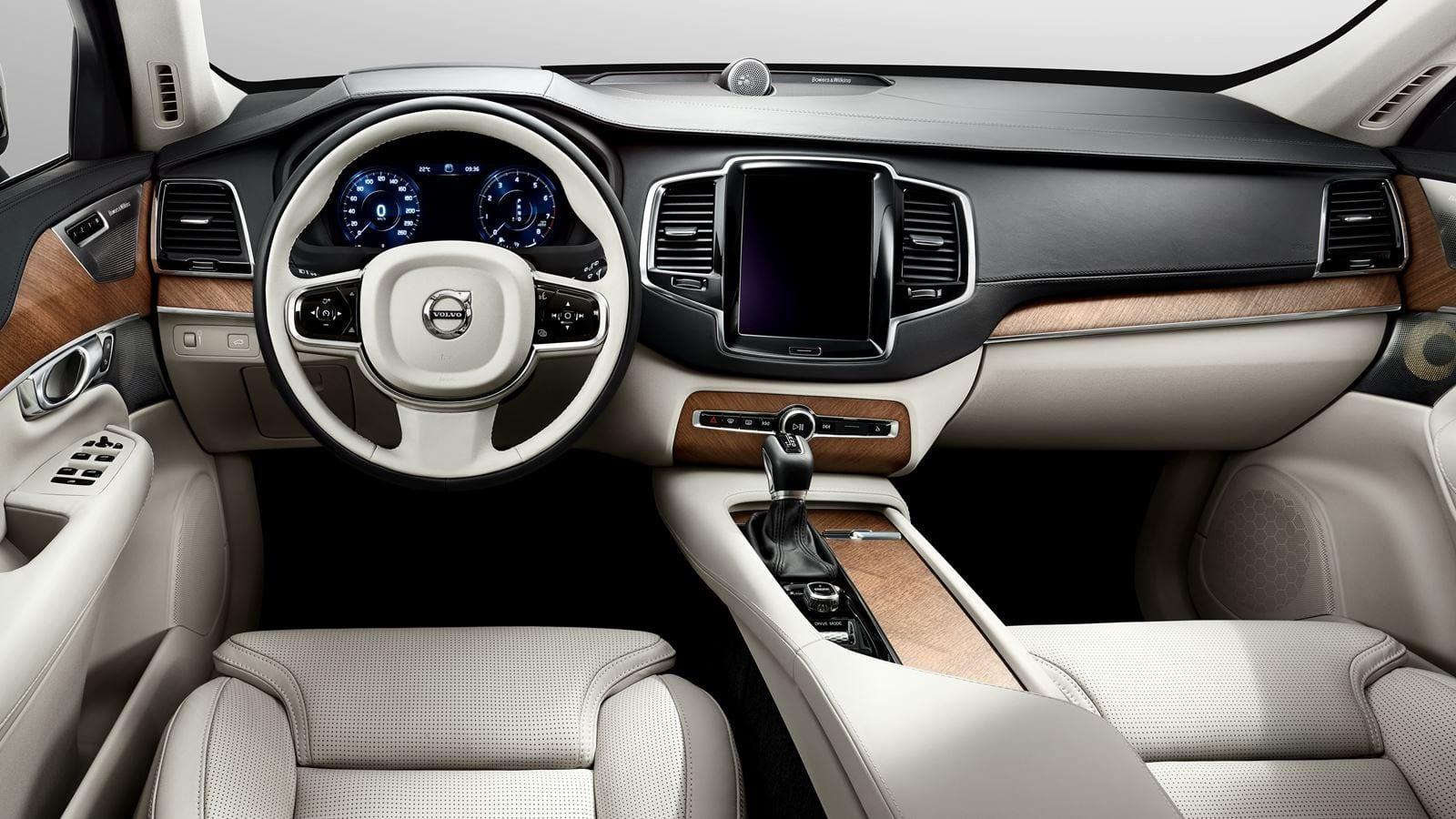 Volvo_XC90_Innen.jpg