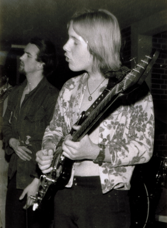 BLUES COMPANY HANNOVER - Uli at 15, playing Ten Years After songs with his then main guitar, built by Framus.  (Armin Engelke on vocals). Langenhagen, Real-Schule, Feb. 6, 1970