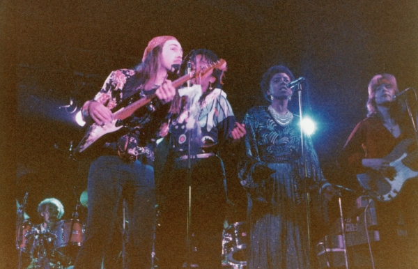 The newly resurrected ELECTRIC SUN as a 7-piece on tour in Sweden.  Clive Bunker, Jenni Evans, Dorothy Patterson, Ule Ritgen, Simon Fox and Dave Lennox. (Historic Performances DVD line-up) Torestorp, Hortnjas, Sweden, 14. May 1983