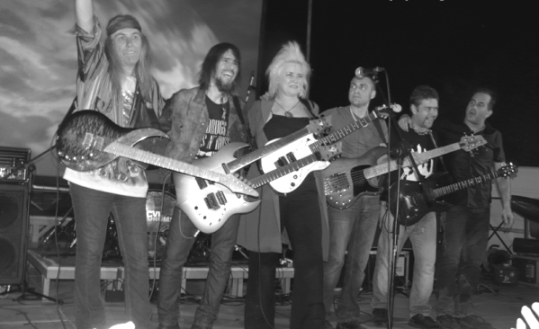 Guitar Night with RON THAL (BUMBLEFOOT) & JENNIFER BATTEN Cascina, The Jungle, Italy, 4. August 2013