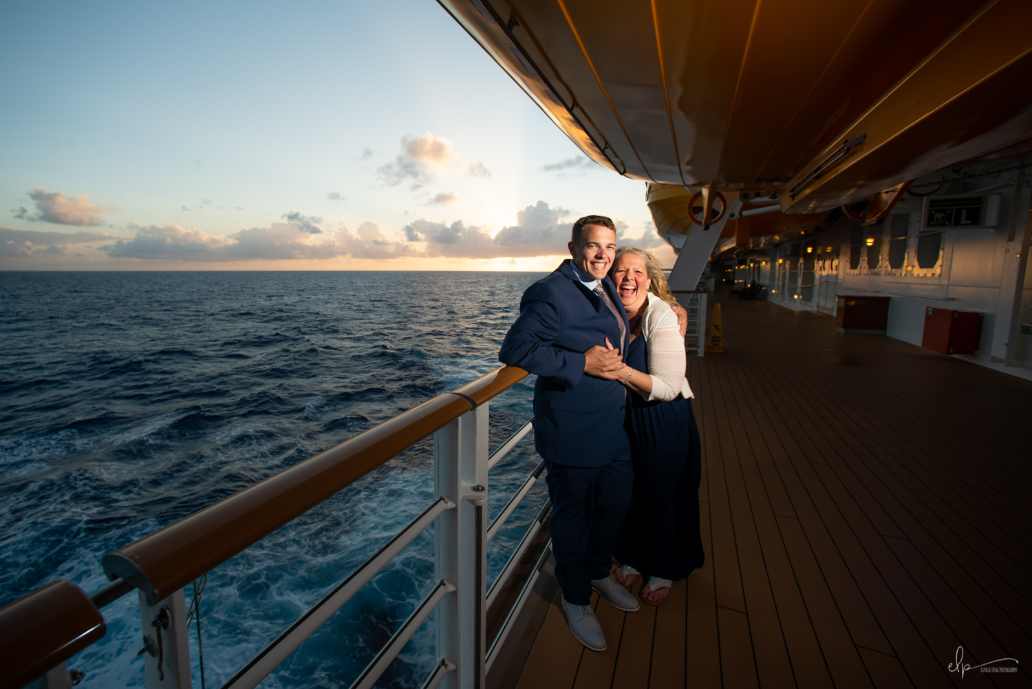 Disney-Cruise-Line-Family-Portrait-Photography.jpg