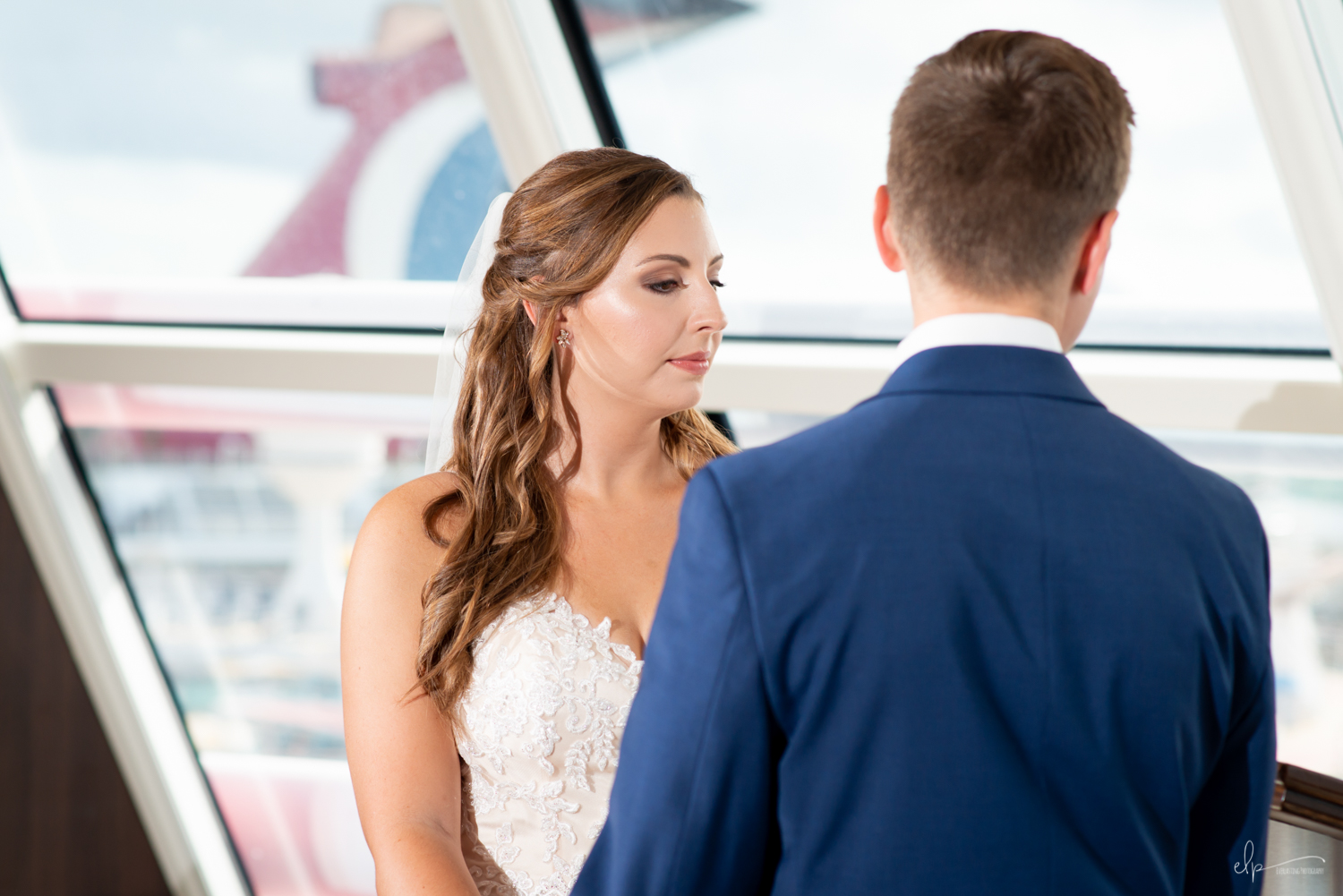 wedding ceremony portraits in outlook lounge on disney cruise