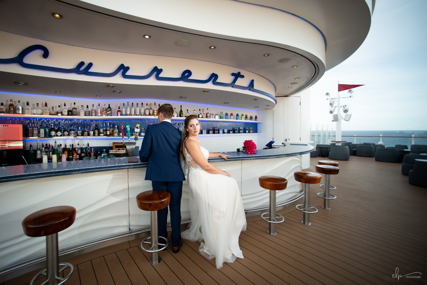 wedding photos at currents on disney cruise line