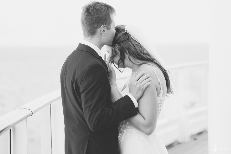 wedding vow photographs on disney cruise line