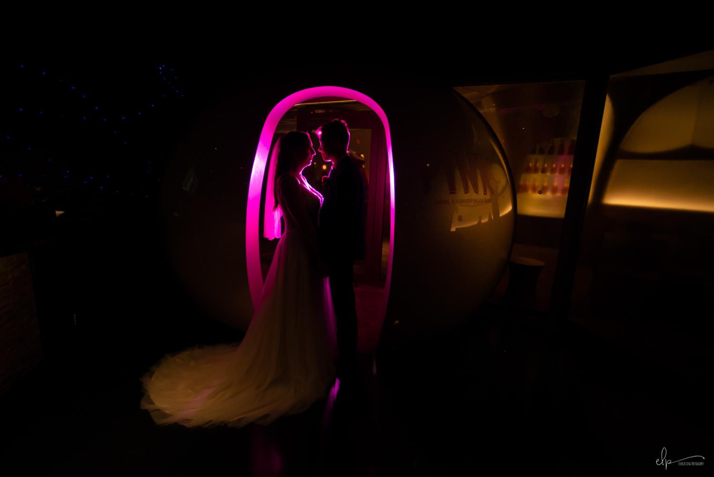 wedding photography at pink lounge on disney cruise