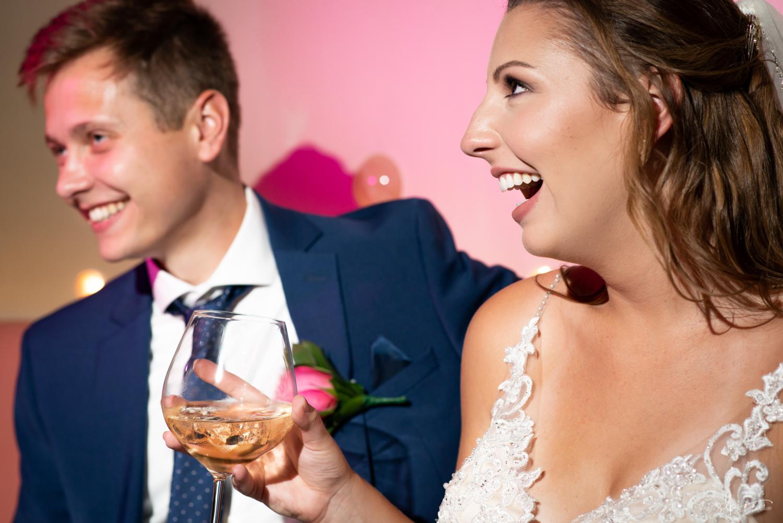 wedding photos at pink lounge on disney dream cruise