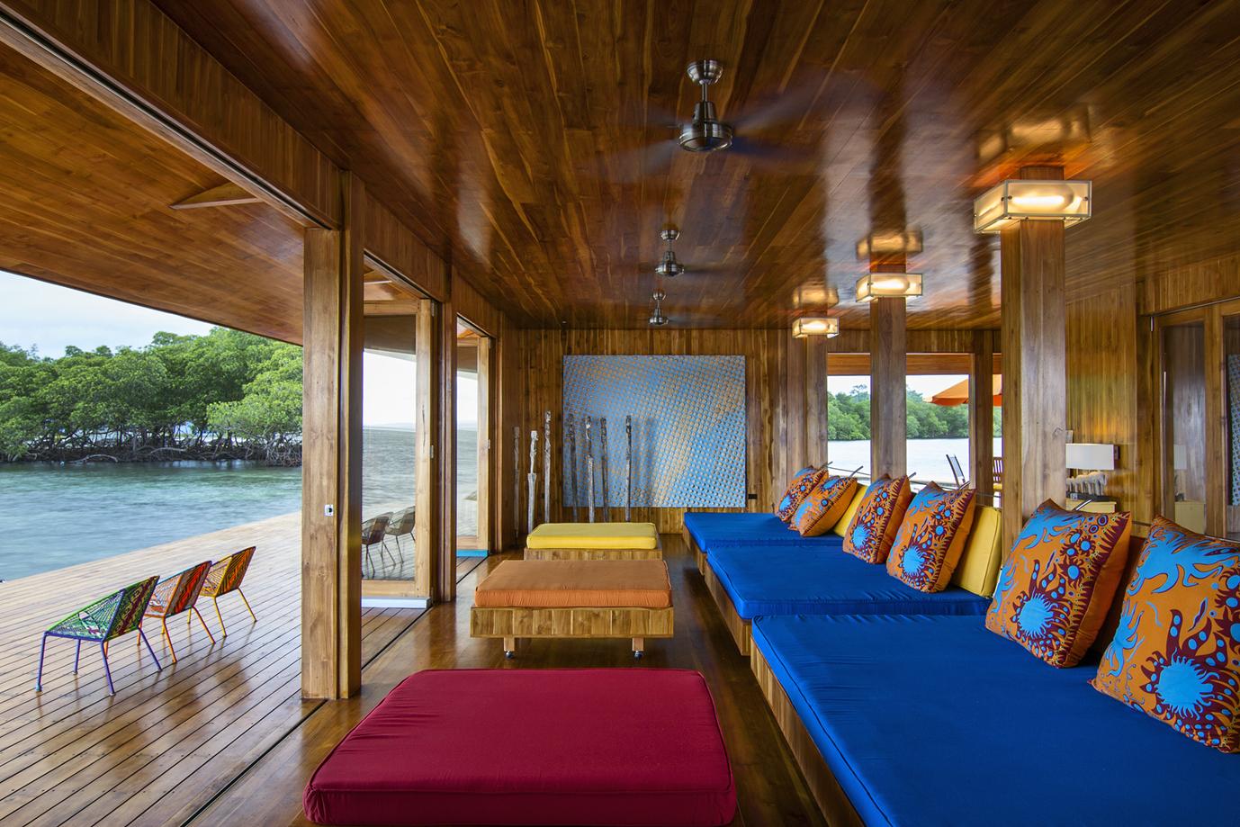 41-Living room lounge- e.jpg