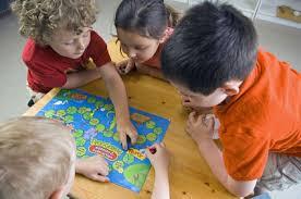Jeux de société - Pas Organisé pour le momentenfants de 3-5 ans et 6-12 ans