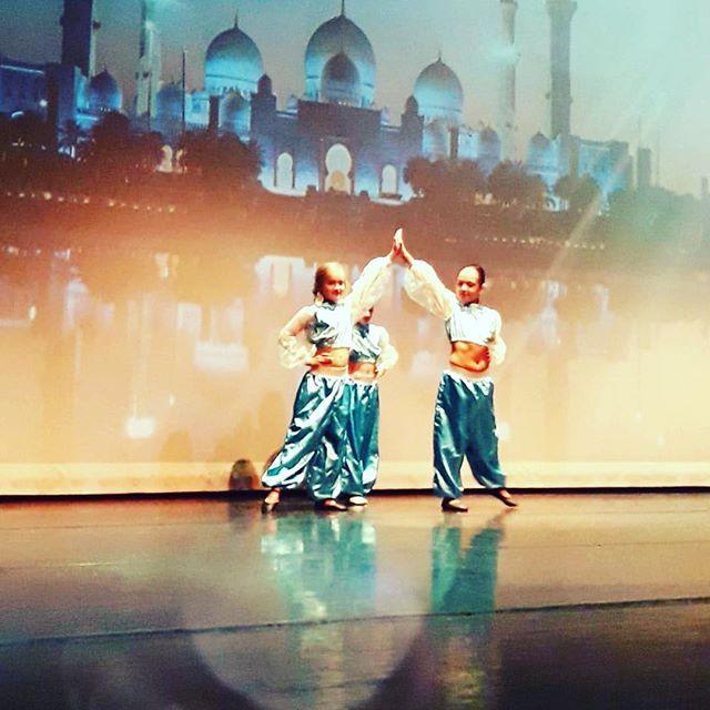 💙Vrijdag 15:45-16:45 ballet 8/10 jaar #aladdin #magic #sparkle #ballet #dancing #skd #alkmaar #show #happykids #fun