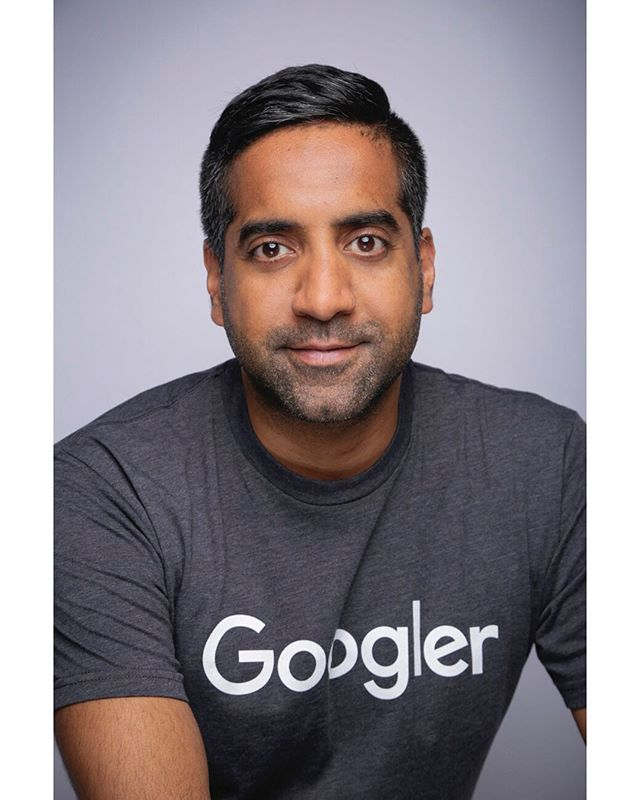 "What's one thing you LOVE about your job? ""I love the people that I work with: Founders and Googlers."" 🤝 - @tejpaulb @googlecloud @techdayhq
