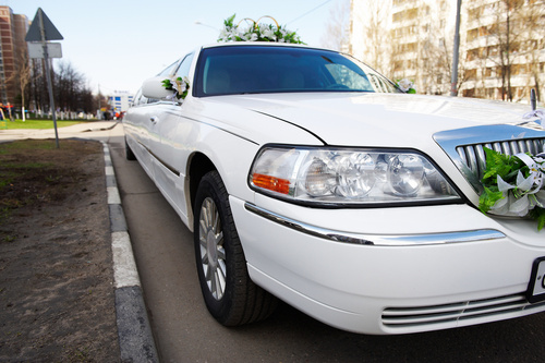 Boulevard Chauffeur provides luxury limo services to the residents of Clarksville.