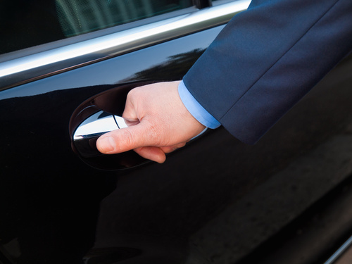 Boulevard Chauffeur is the top luxury limousine services provider in New Braunfels.