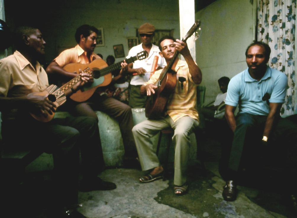 Ciriaco Iriarte, Norberto Palacios, Pablo Merentes, Erasmo Pereira, and Ismael Dominguez, Naiguatá, Venezuela, 1972. Image: Oswaldo Lares